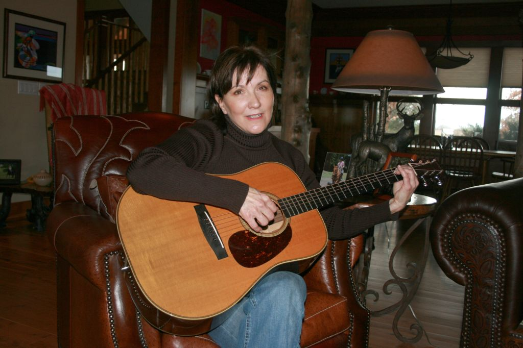 2010 Jan 24 Charlotte O'Hara 1 103 guitar